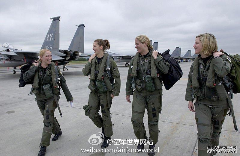 """美国空军F-15""""鹰""""战斗机 :: 空军世界"""